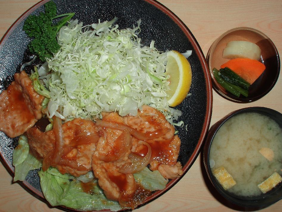 ヒレ生姜焼き定食