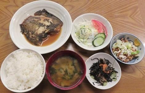 カレイ煮付定食710