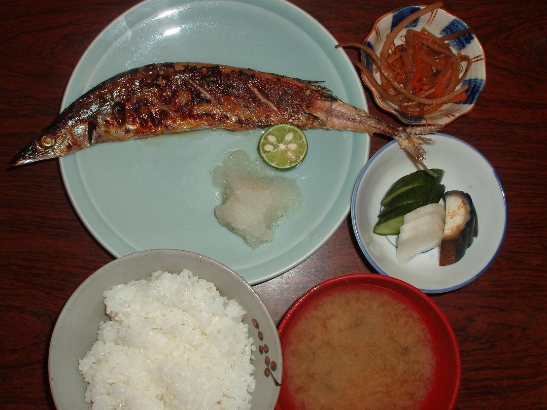 新秋刀魚塩焼定食