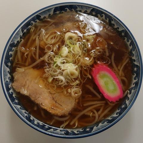 正油ラーメン(アカザワ)700