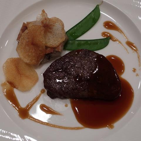 国産牛フィレ肉のステーキ(ローズルーム)