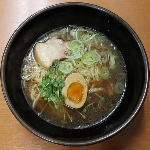 醤油ラーメン(よっちゃん)850