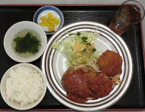 ハンバーグ・カニコロ定食(ロビン)860