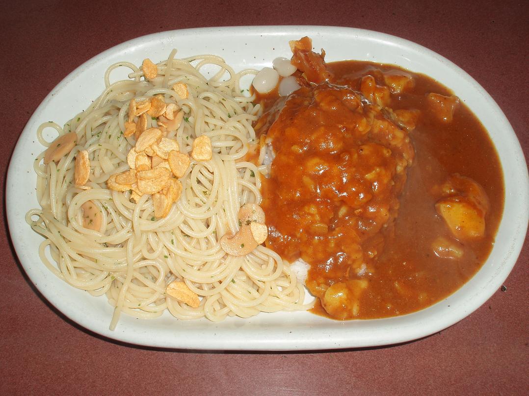 ガーリックスパゲッティ+ポテトカレー