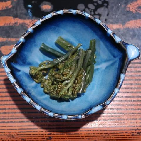 山菜(やぶ砂)