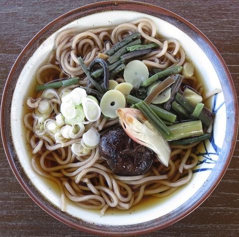 陣馬蕎麦(信玄茶屋)600