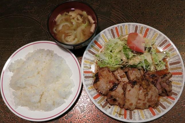 ポーク生姜焼+ライス・味噌汁