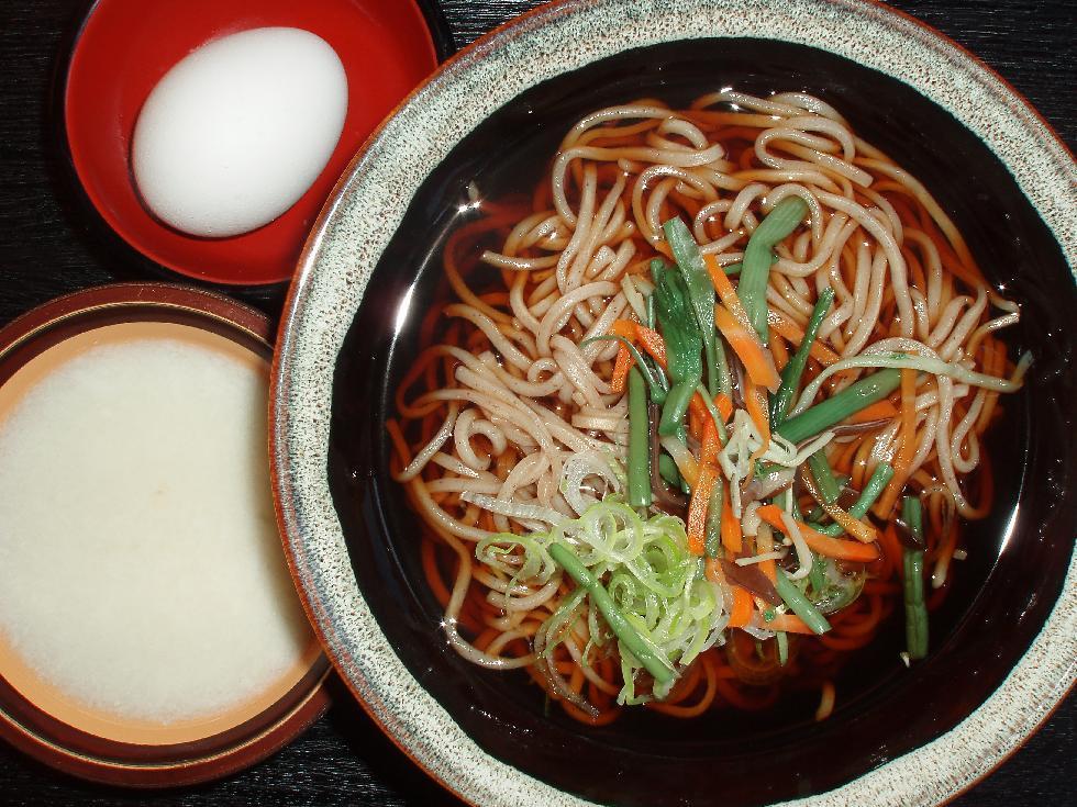 温かいトロロ蕎麦