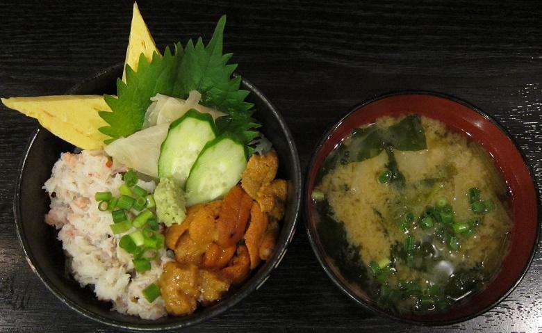 海胆蟹二色丼(特別料理)