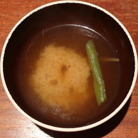 味噌汁(エニシ)