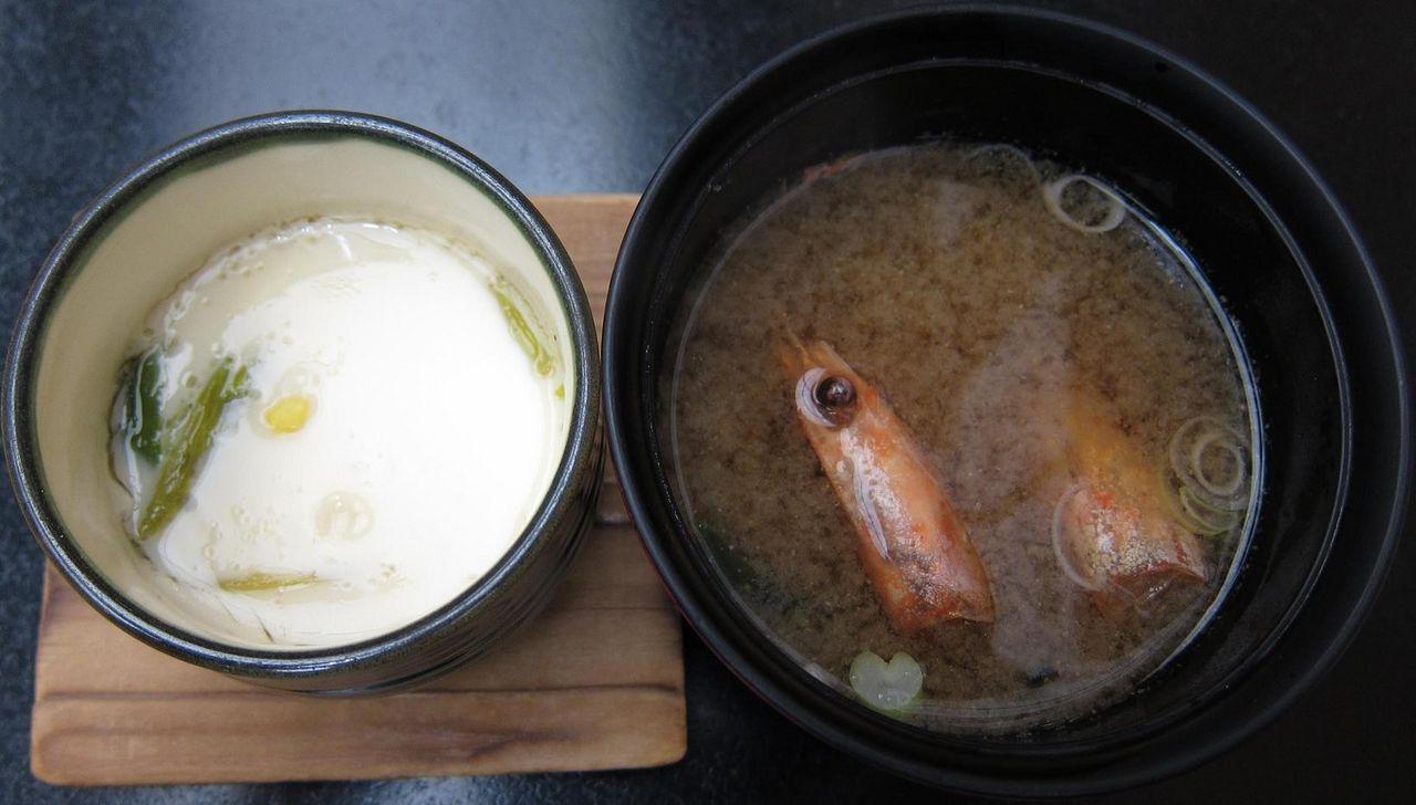 茶碗蒸し・味噌汁