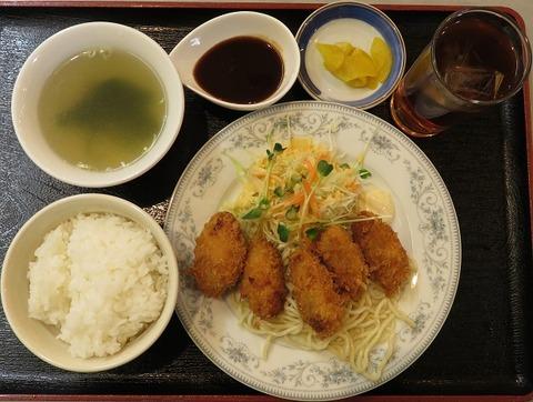 カキフライ定食(ロビン)900