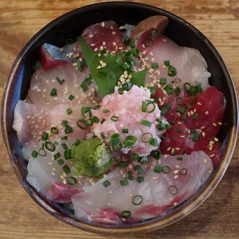 海鮮丼(佐藤)1300