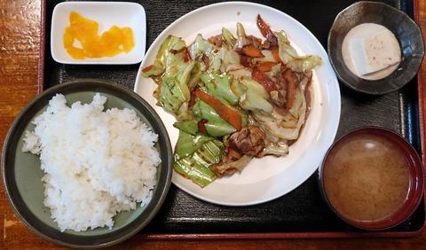 豚肉とキャベツの味噌炒め定食(キャロット)800