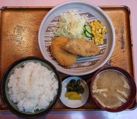 ミックスフライ定食(どさん娘)750