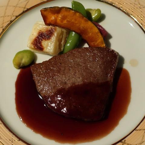 国産牛フィレ肉網焼き(デュオフルシェット)8250
