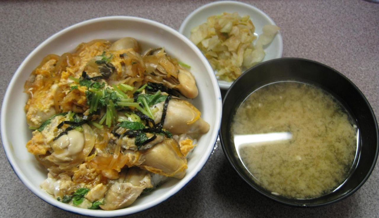 生かき丼+味噌汁