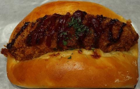 牛肉コロッケロール(HAKUO)185