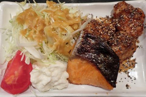 鮭塩焼&鶏甘辛揚げ(蔵出)