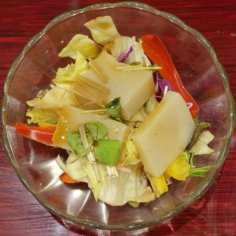 蕎麦豆腐サラダ(三宝庵)