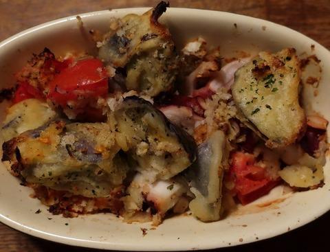 蛸のオーブン焼き(8番テーブル)680