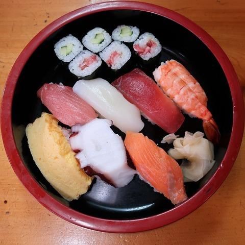 並にぎり(おくたま寿司)1100