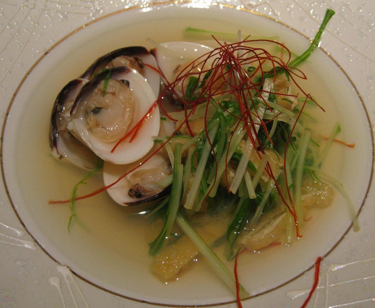 蛤と水菜の酒蒸し