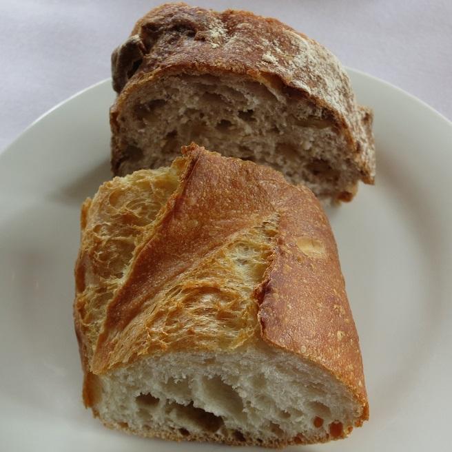 フランスパン&クルミパン