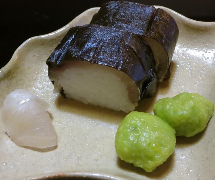 鯖鮨と銀餡餅