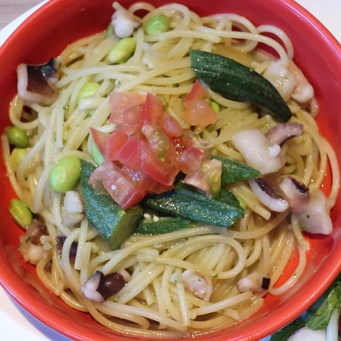 蛸と夏野菜ジェノベーゼパスタ(青葉)