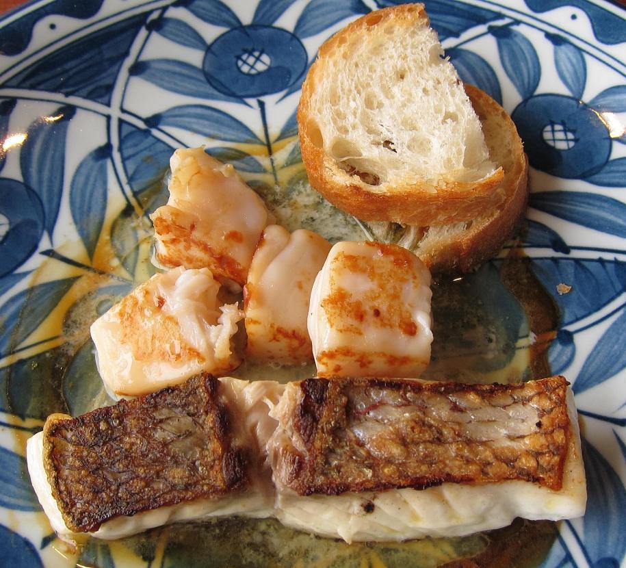 北海道産帆立と天然真鯛のバター醤油焼き