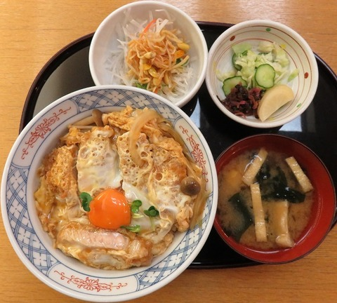 カツ丼(長寿庵)1000