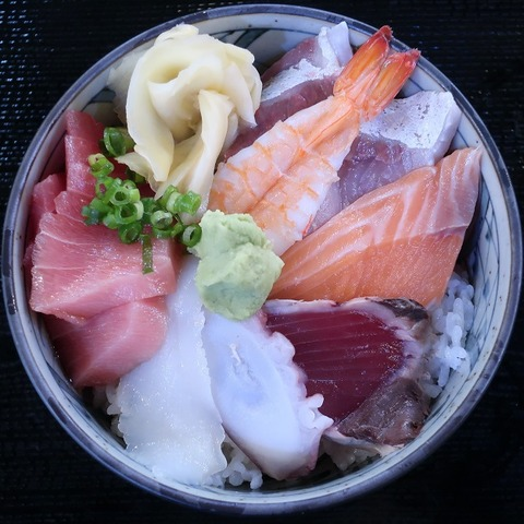 海鮮丼(磯坊主)800