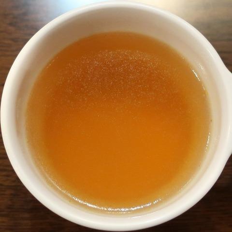 コンソメスープ(京王プレッソイン)
