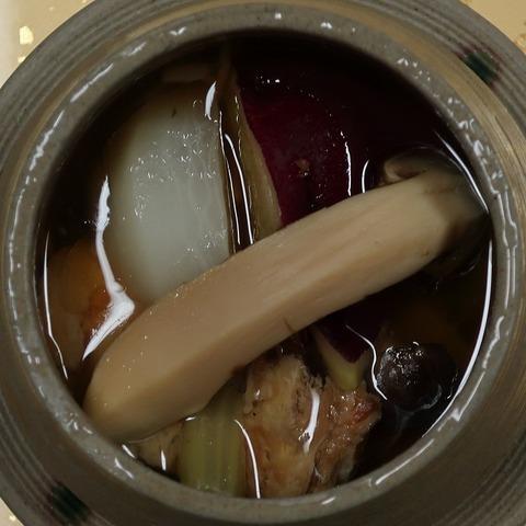 信州太郎豚の茸餡かけ松茸添え(上松屋)