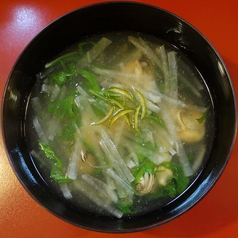 牡蠣と大根の煮物(優辰)