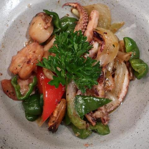 海鮮と野菜炒め(喜の川)