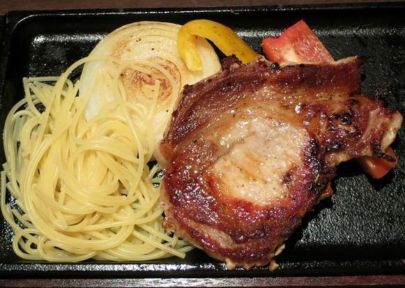 豚ロースの鉄板焼和風ステーキソース819円