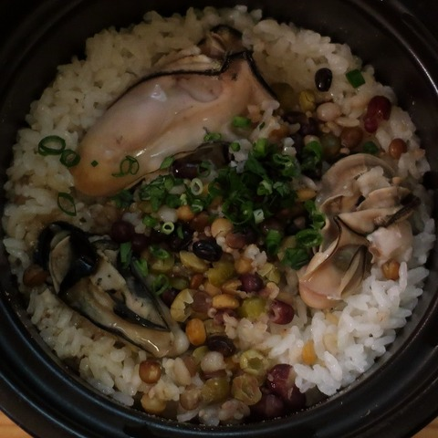 牡蠣の土鍋御飯(バサラ)1280