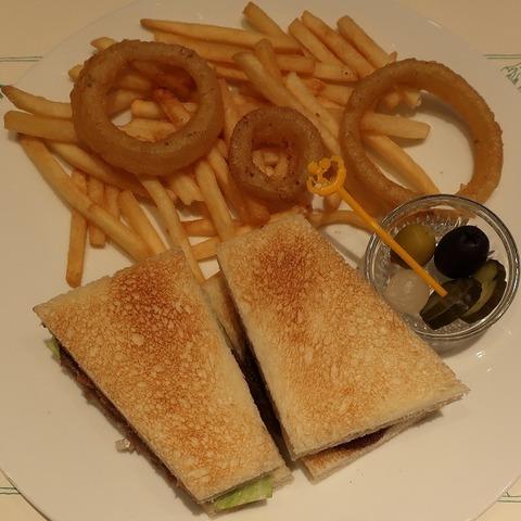 ビーフカツサンドイッチ(パークサイド)2860