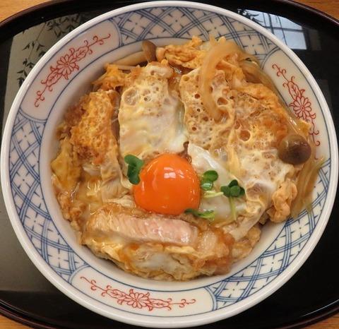 カツ丼(長寿庵)