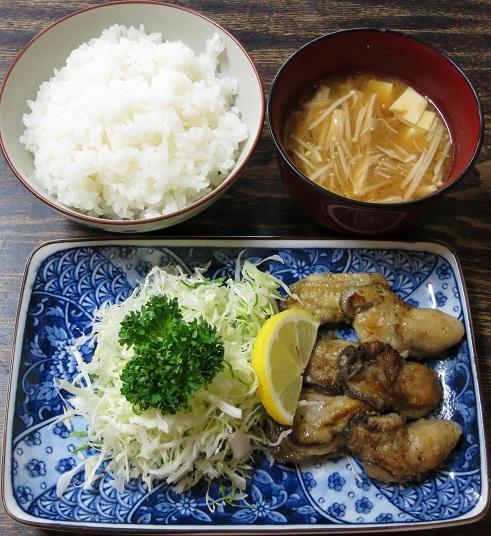 カキバタヤキ+味噌汁