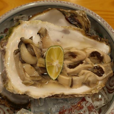 岩牡蠣(三河屋)