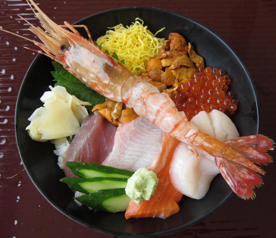 スペシャル海鮮丼アップ
