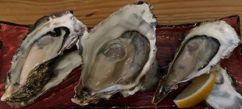 生牡蠣三種盛(バサラ)1580