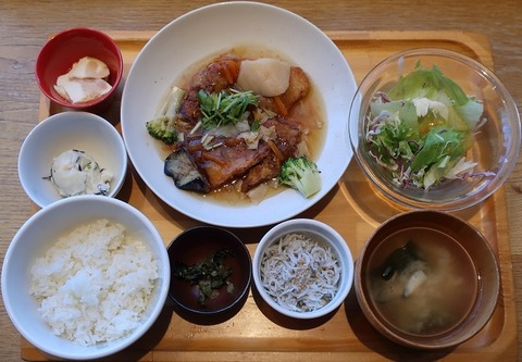 赤魚唐揚げ湯葉あんかけ定食+白しらす(おぼんdeごはん)1320
