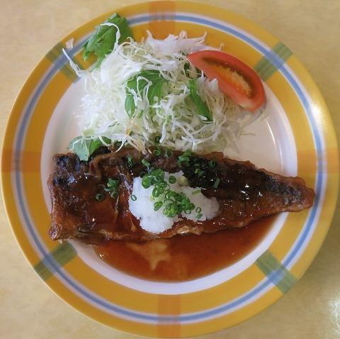 さば竜田のおろし煮(中央区役所)560