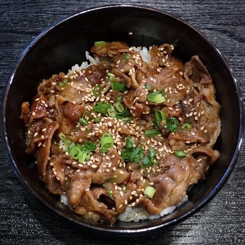 焼肉丼(ディングル)1000