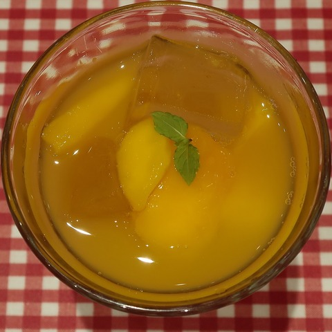 マンゴーオレンジジュース(ラケル)