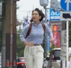 吉岡里帆、主演ドラマ最終回で圧巻の胸揺れダッシュに視聴者騒然